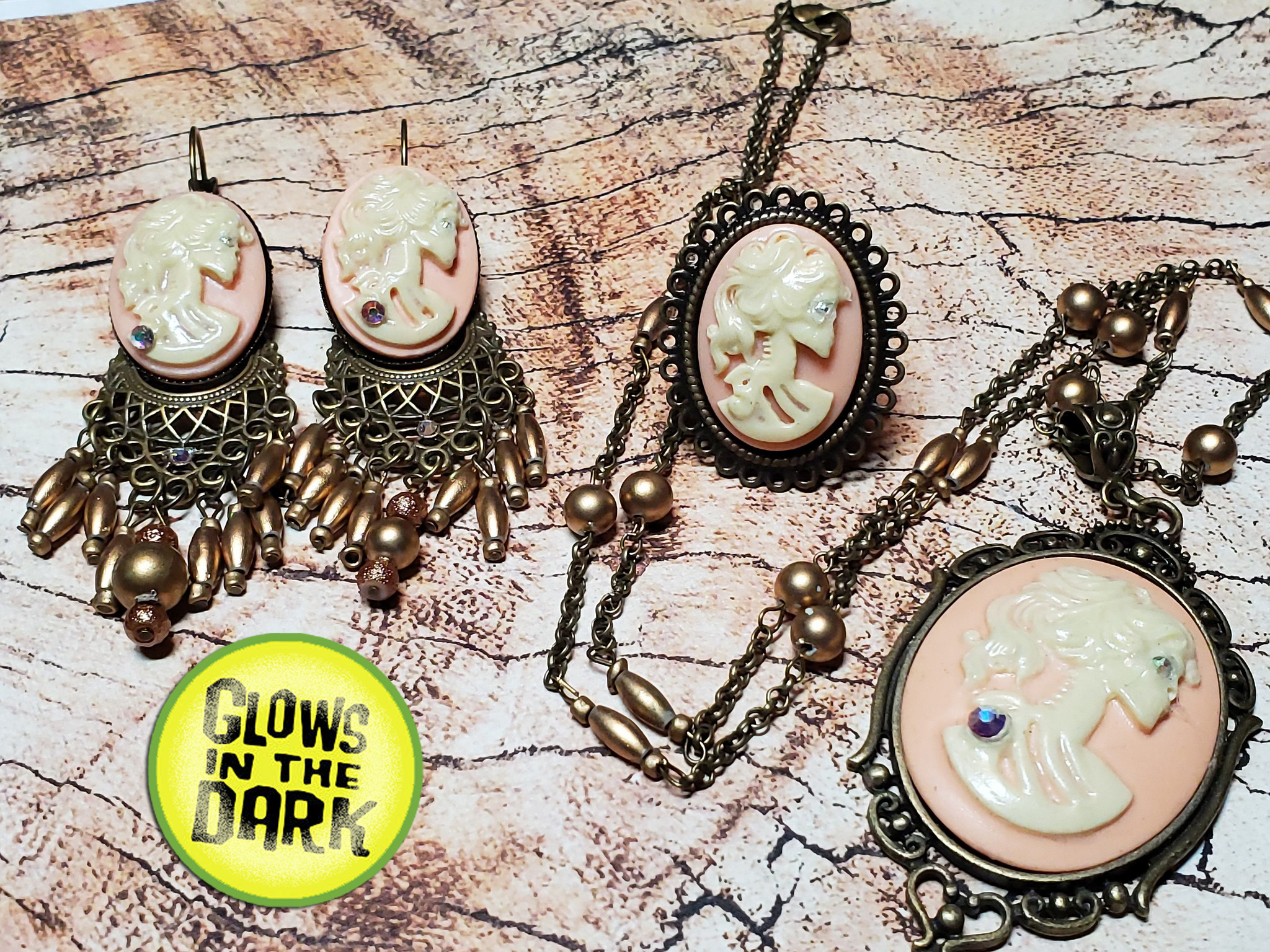Fancy Dress Accessory Steampunk Cameo Ear Rings//Choker Set